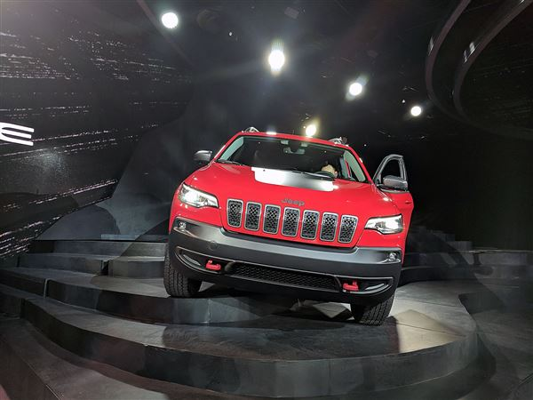 Jeep Cherokee compact SUV gets a major face-lift for 2019