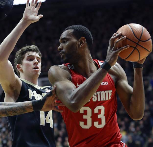 Men's basketball beats No. 3 Purdue thanks to Bridges' game-winning shot