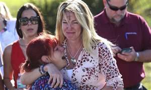 APTOPIX-School-Shooting-Florida-1