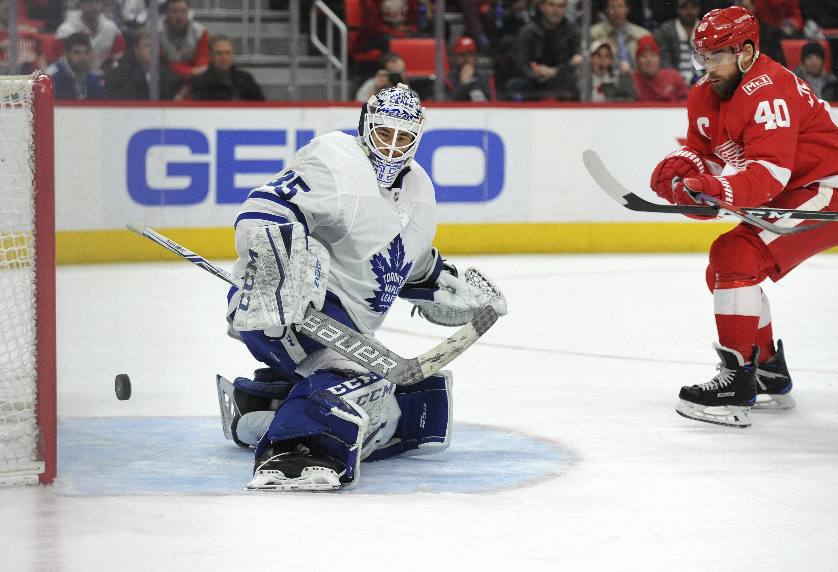 Late Goal Vaults Maple Leafs Over Red Wings The Blade