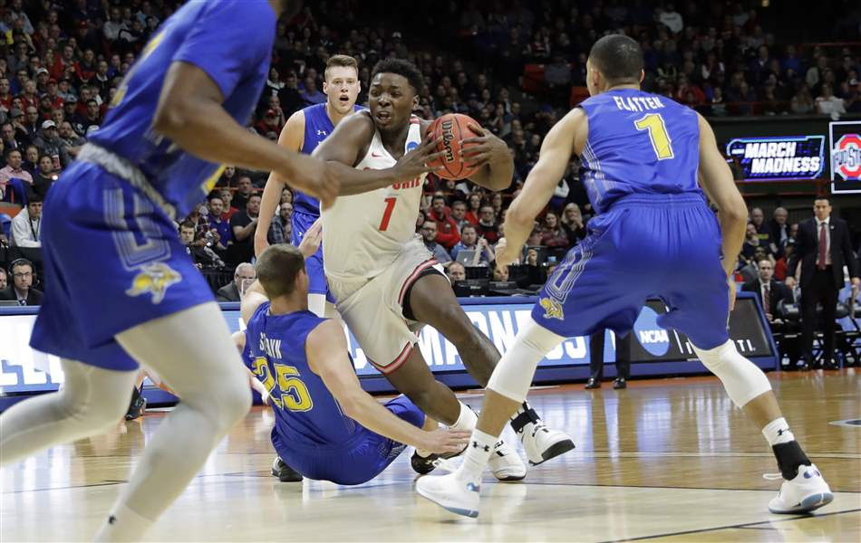 Ohio State escapes with 81-73 first-round win over Jackrabbits