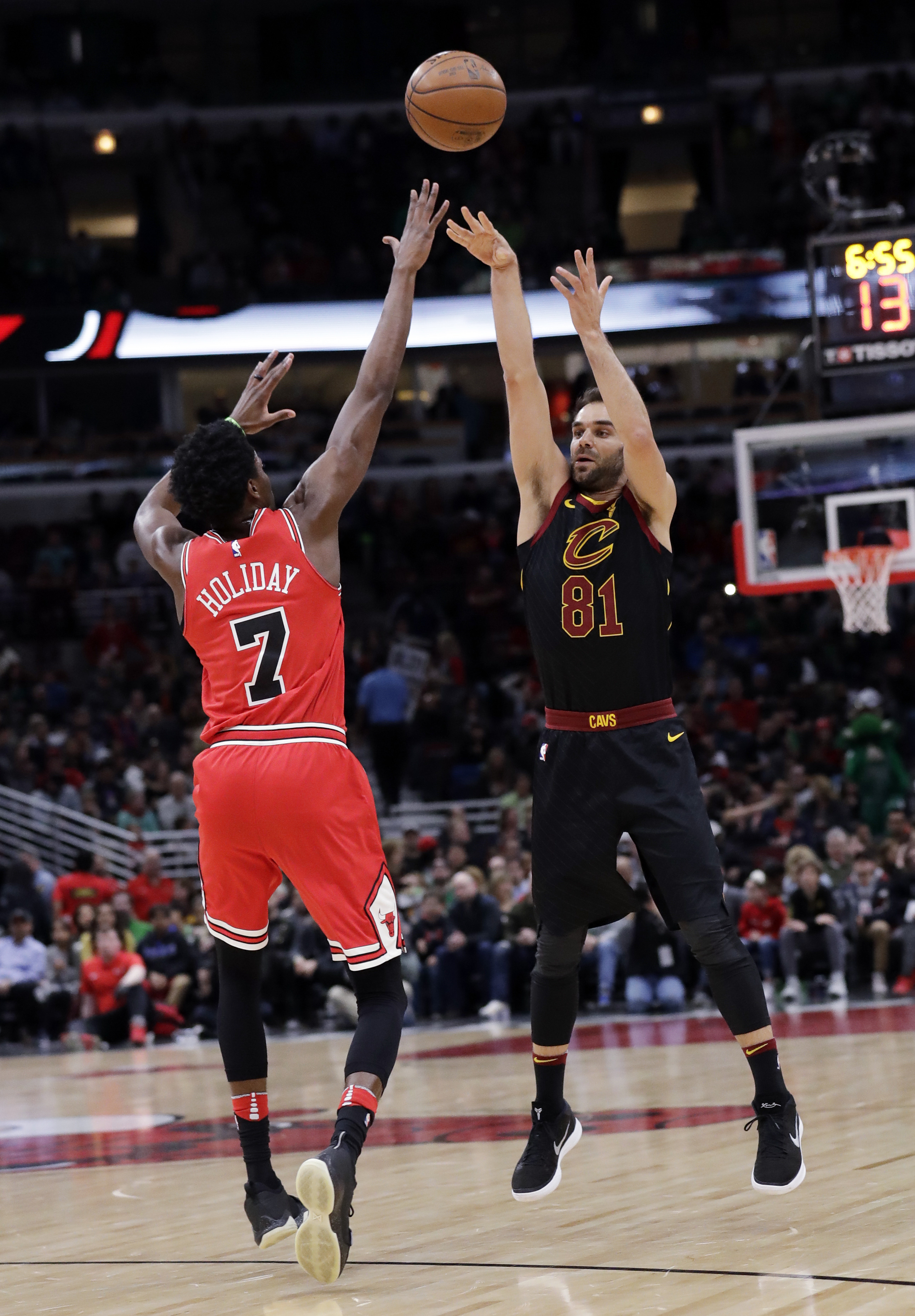 Lebron S 33 Points Guide Cavs Over Bulls The Blade