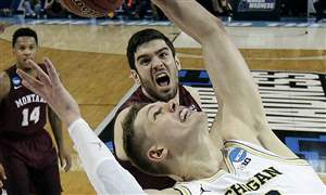 NCAA-Montana-Michigan-Basketball-18