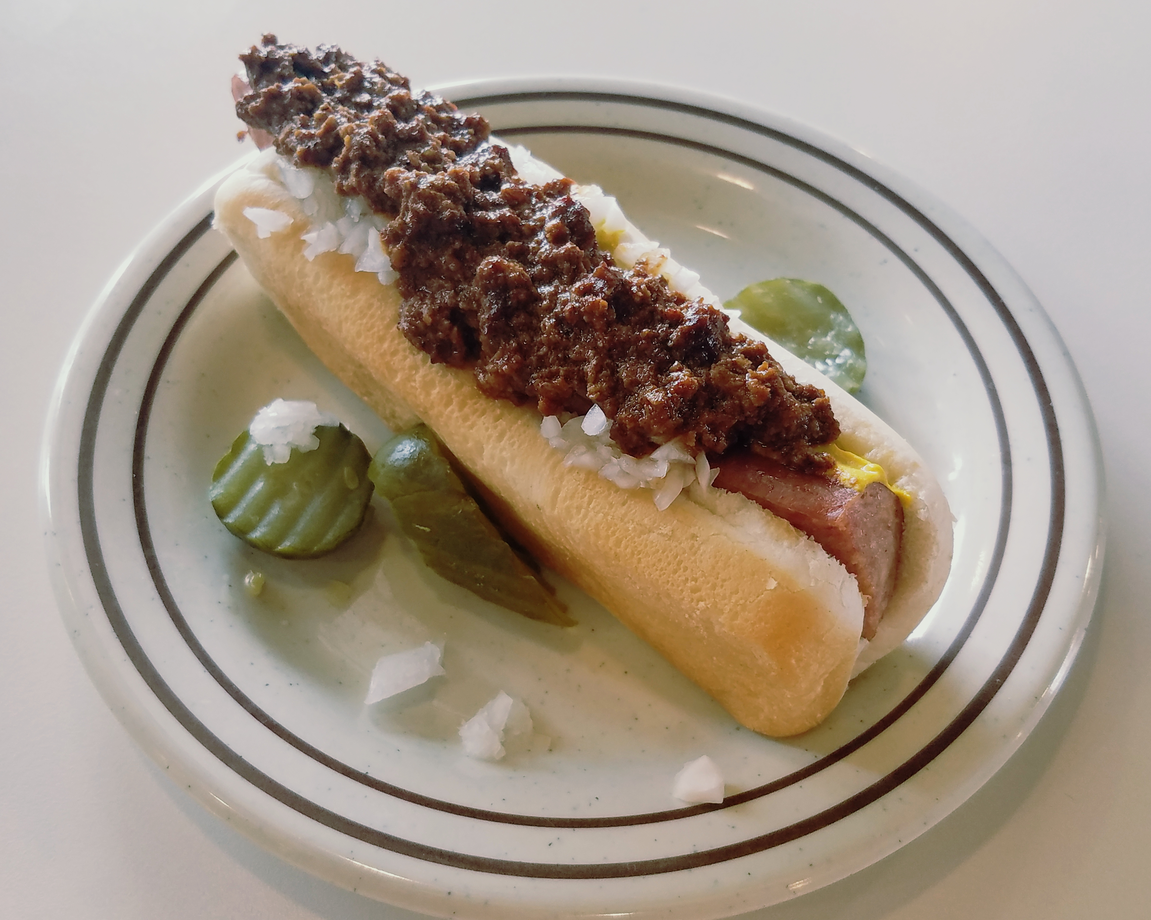 cheap eats tony packo 39 s classic hungarian chili dogs are a frugal favorite the blade. Black Bedroom Furniture Sets. Home Design Ideas