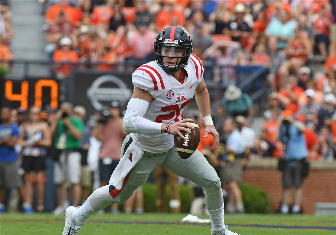 Mississippi Transfer Shea Patterson Is Presumed To Be The Favorite Start At Quarterback For Michigan