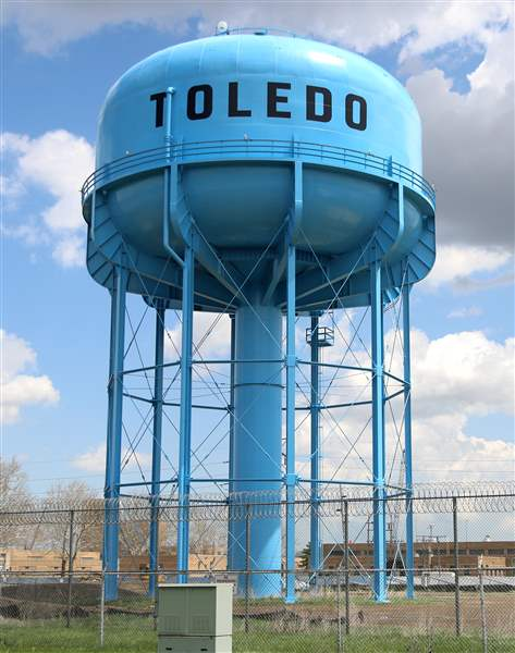 Contested waters: Who's paid for Toledo's water treatment ...
