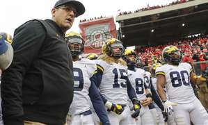 Michigan-Wisconsin-Football-14