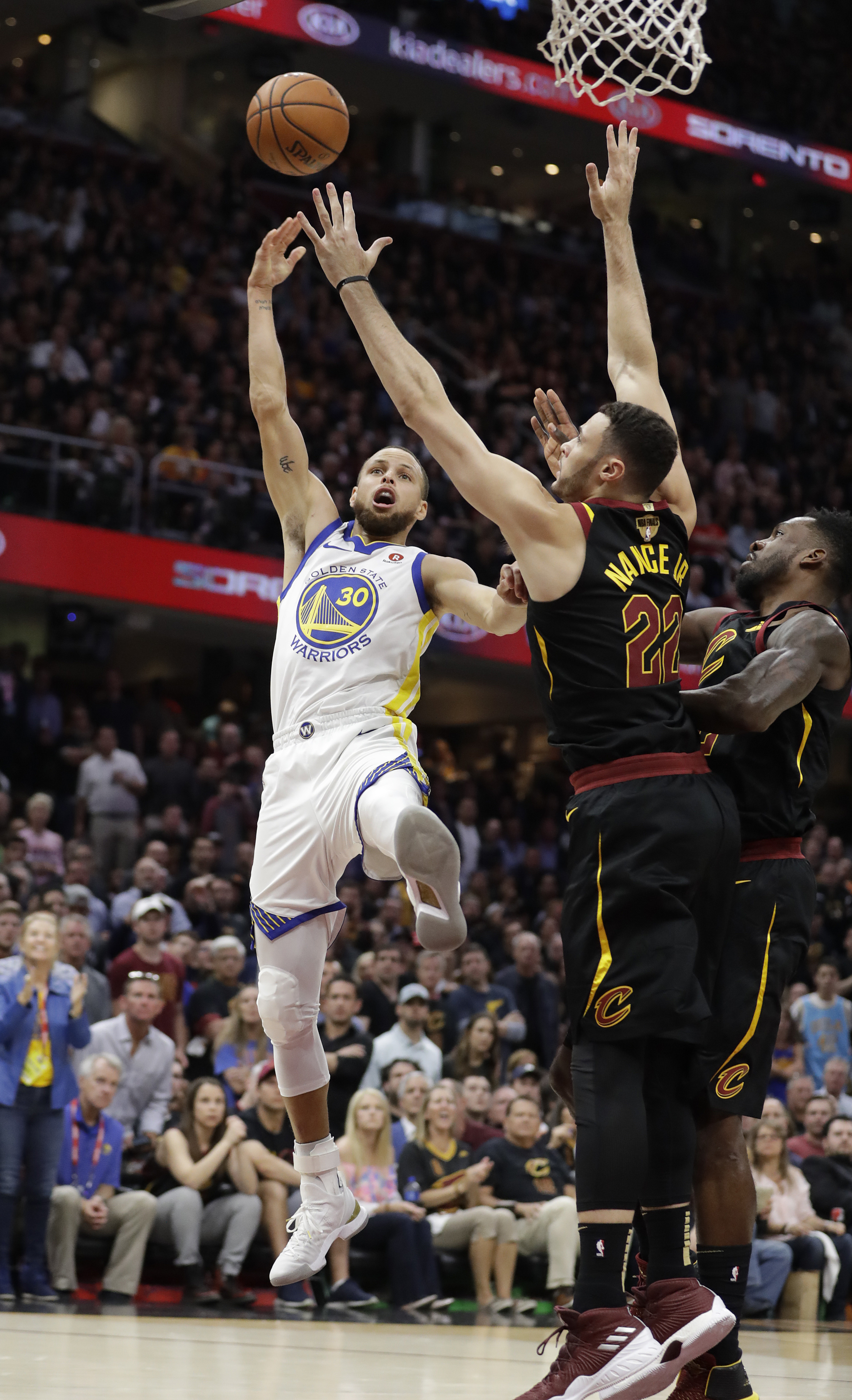 Gold Standard: Warriors hammer Cavaliers to sweep series - The Blade