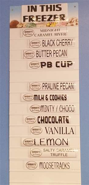 Royal-Cravings-ice-cream-flavor-sign