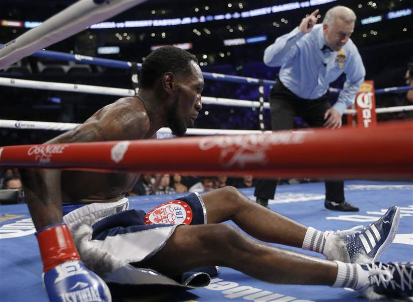 Robert Easter, Jr., takes on Mikey Garcia in Los Angeles