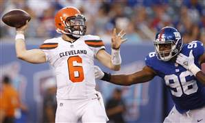 Browns-Giants-Football-9