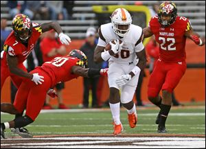 Bowling Green's Quintin Morris runs for a first down in the Falcons' game against Maryland.