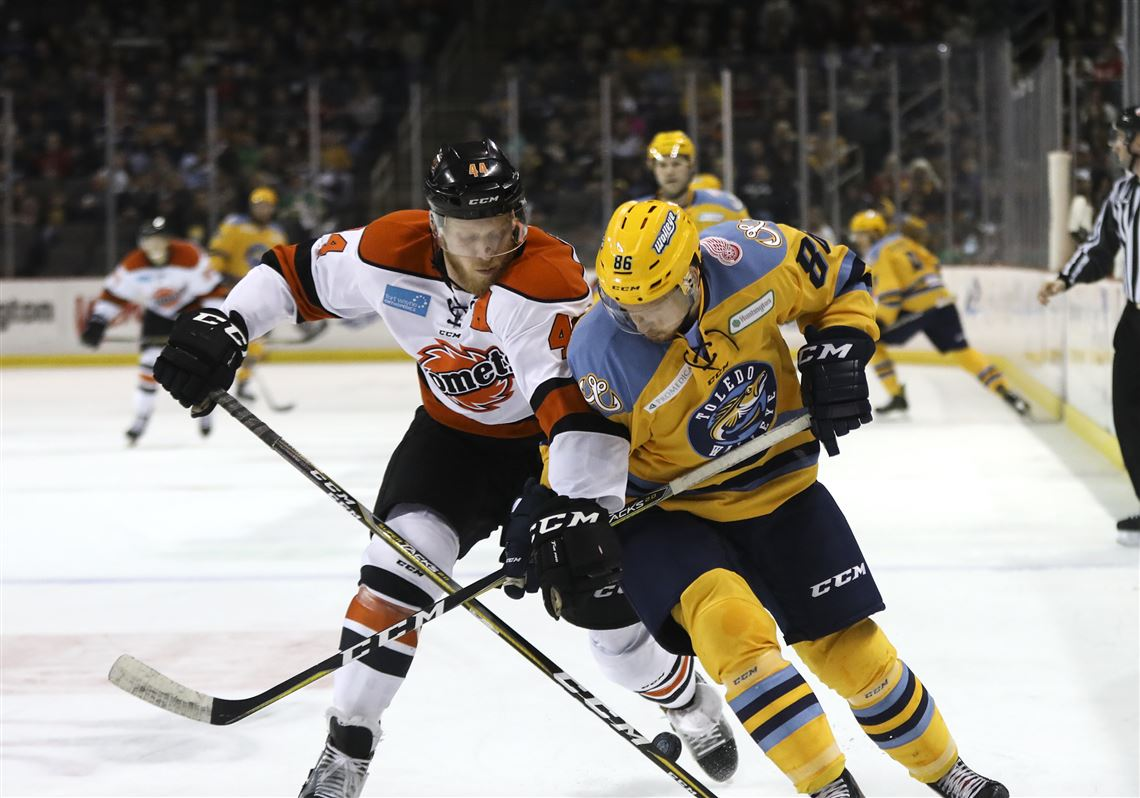 ECHL: Walleye Rewrite Record Book With 10th Straight Win