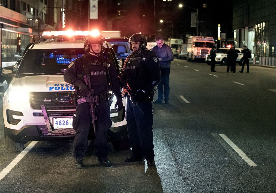 Cnn S New York Offices Given All Clear After Bomb Threat The Blade