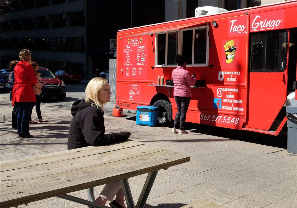 Toledo councilmen balk at proposed food truck inspection fee