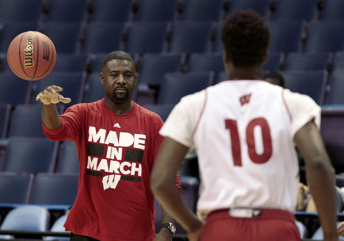 6a0a71895c0 In this March 17, 2016, photo, Wisconsin NCAA college basketball assistant  coach Howard