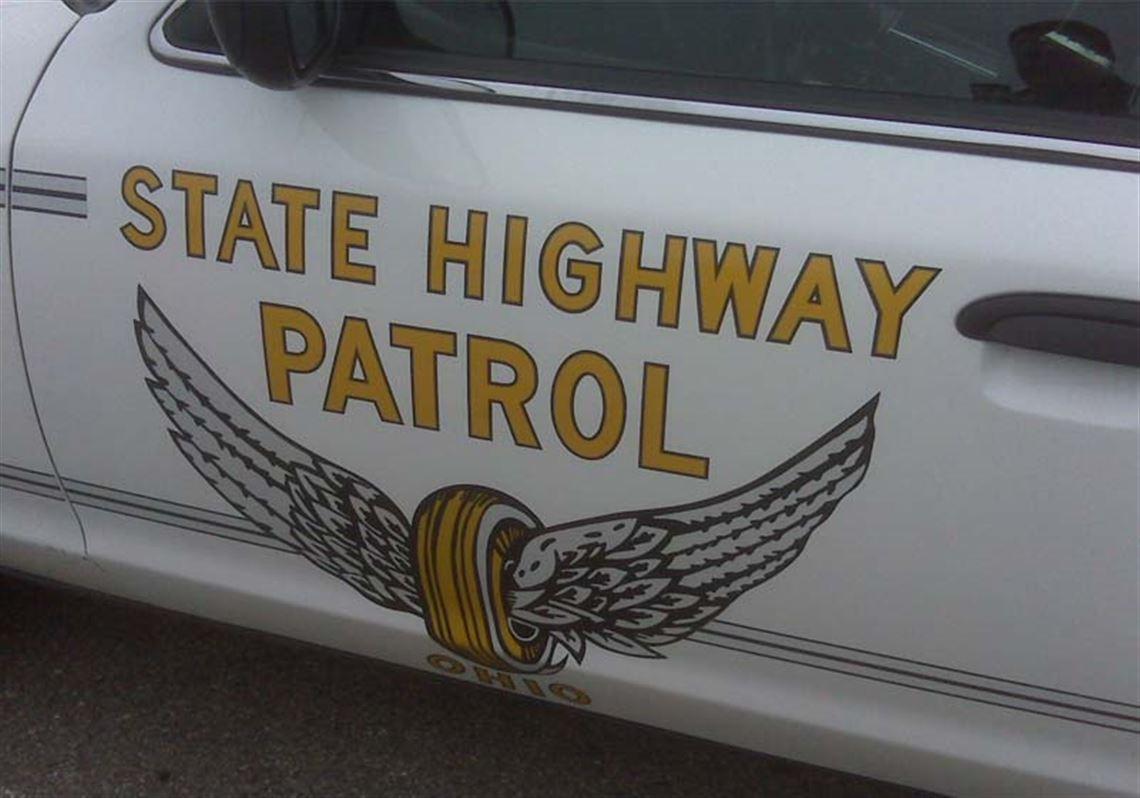 One man killed in three-vehicle crash in Sylvania Township