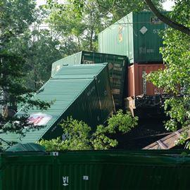 Train derails after hitting car in Swanton