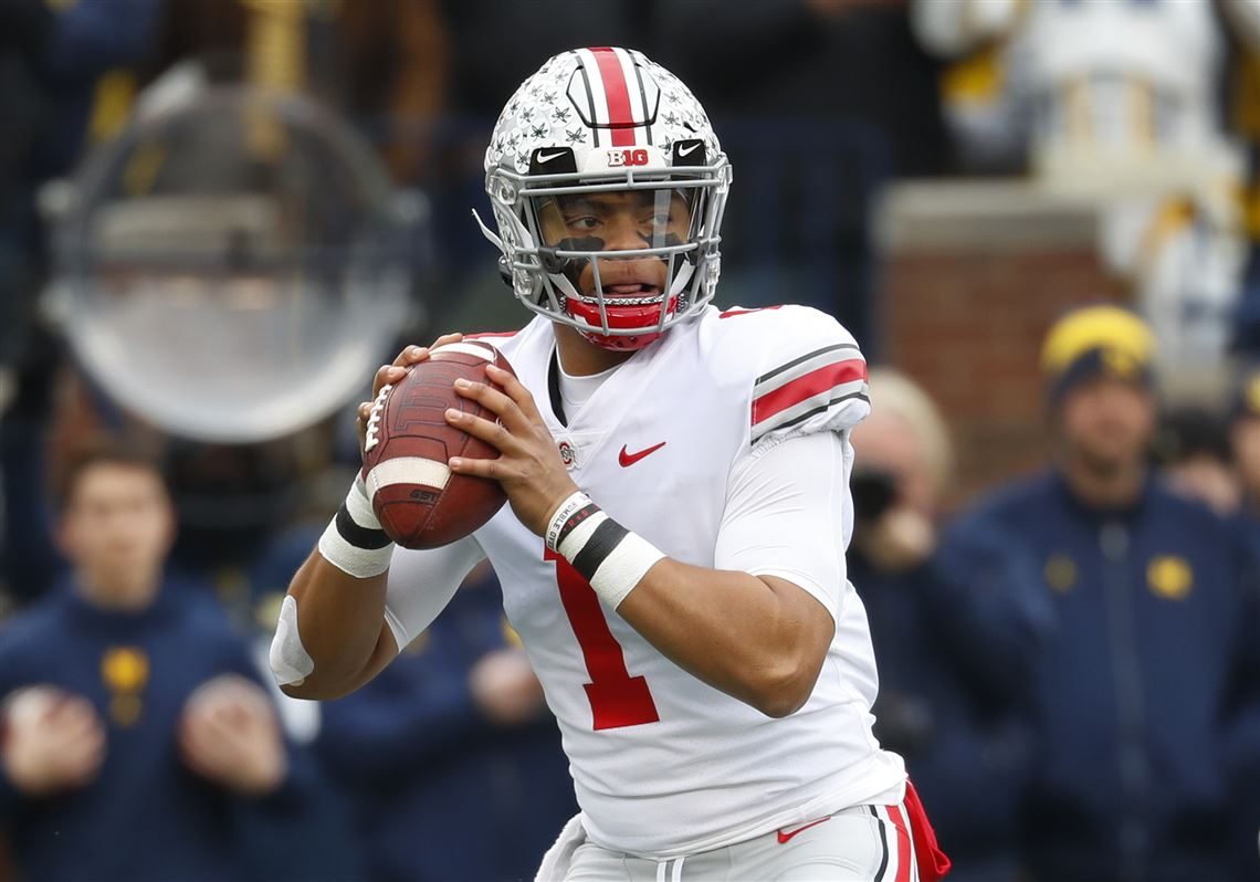 Knee Still Bothering Ohio State QB Justin Fields The Blade
