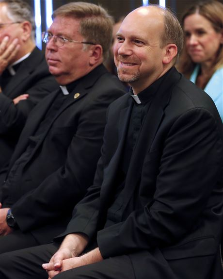 Findlay priest charged with sex trafficking
