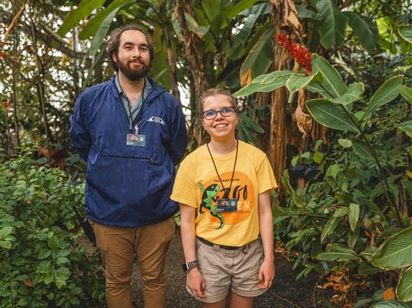 Zoo program helps teens with disabilities
